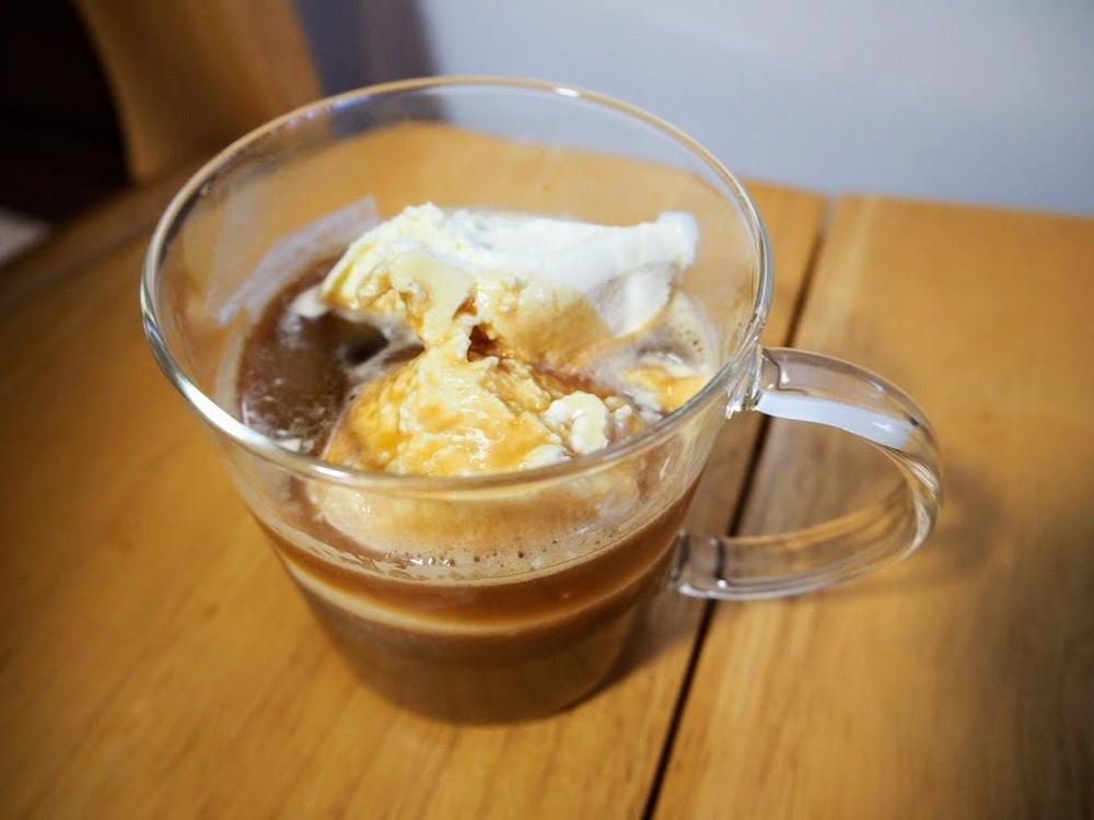 ベトナム風 コンデンスミルク入りアイスコーヒー